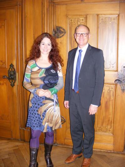 Sonja Rajsp und Rottweils OB Ralf Broß