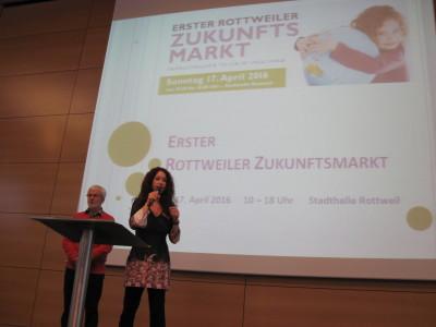 Sonja Rajsp & Walter Klank bei der Eröffnungsrede